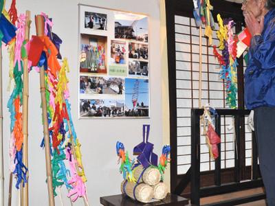 松本平伝統の「御柱」知って 松本でおんべなど展示