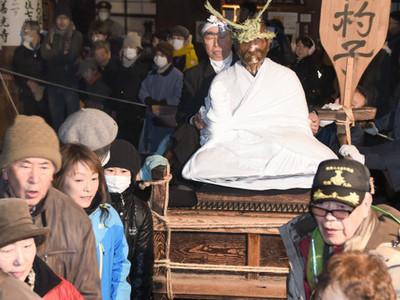 新年の健康願い「わっしょい」 善光寺で「びんずる回し」