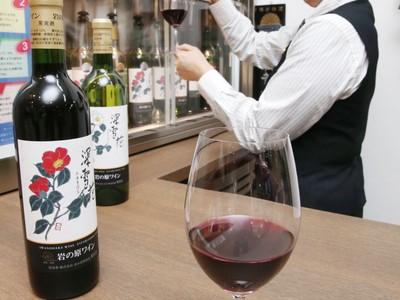 岩の原ワイン 深雪花(上越) 渋味控えめ和食に最適
