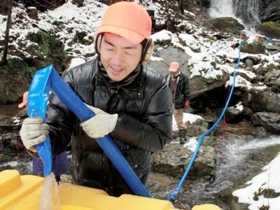 「亀が淵の滝」の水で地酒造り 小浜、3月に市内で販売へ