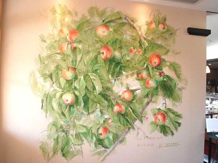 田窪さんが描いたリンゴの絵