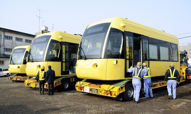 えちぜん鉄道が福井鉄道との相互乗り入れ区間に導入するLRV=30日、福井市松本上町