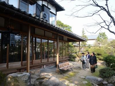 邸宅「愛山荘」の建築美再び 数寄屋風書院を修復し公開