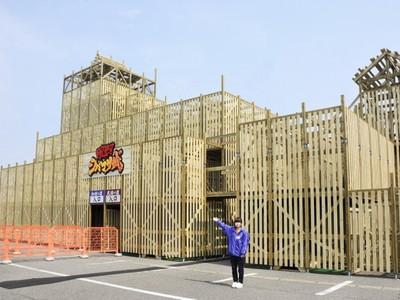 芝政に巨大木造迷路 日本最大級 坂井 きょうオープン