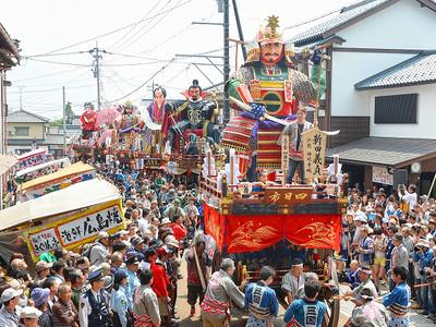 三国祭・中日、山車6基が堂々勇姿 町衆の誇り、路地巡行