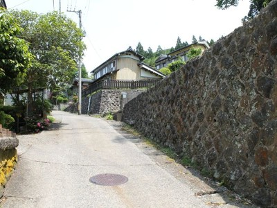 旧温泉街アートでぶらり 田上・湯田上温泉で初開催 旅館や寺、30カ所に展示 20日から
