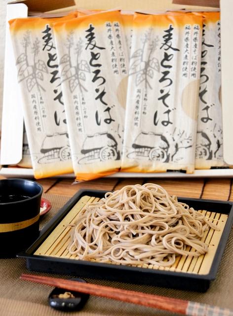 JA福井県経済連が開発し、6月1日から発売する「麦とろそば」