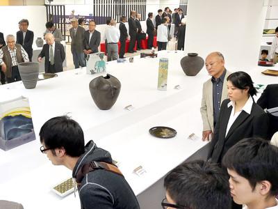 ものづくりの息吹 石川の伝統工芸展が開幕