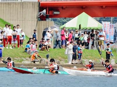 日本代表らのカヌーレース迫力間近に 駅伝、試乗も 27・28日 あわら・北潟湖