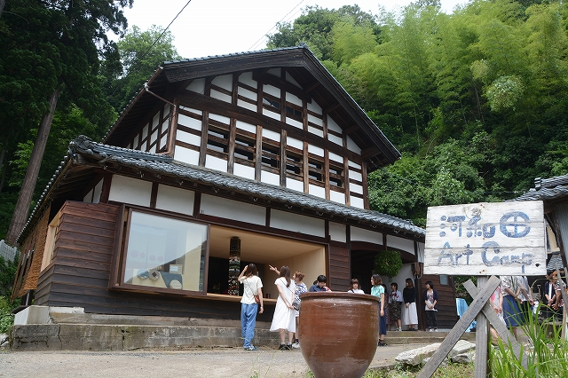 改修が一段落した「河和田アートキャンプ」の活動拠点=14日、鯖江市河和田町