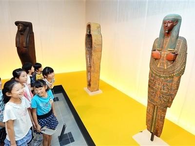 古代の秘宝 エジプト展開幕 県立美術館