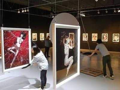注目のアーティスト・清川あさみさんが北陸初の個展 18日、あわらで開幕