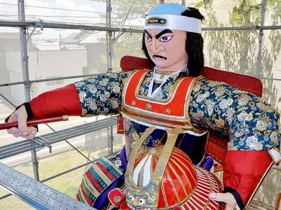 勇壮な巨大人形山車いざ出陣 福井県の金津まつり18日開幕