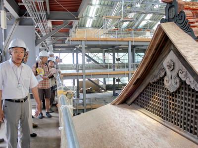 勝興寺「大広間及び式台」の修復終え公開