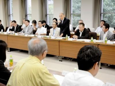 北陸新幹線若狭ルート支持で一致 福井と京都の自民会派県議