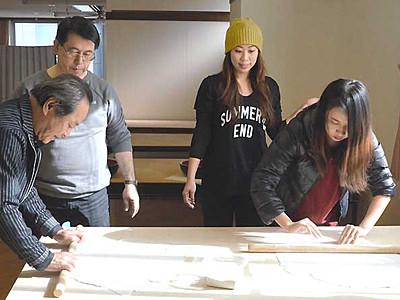香港から松本へ、観光客を歓迎 旅行会社関係者に見どころPR