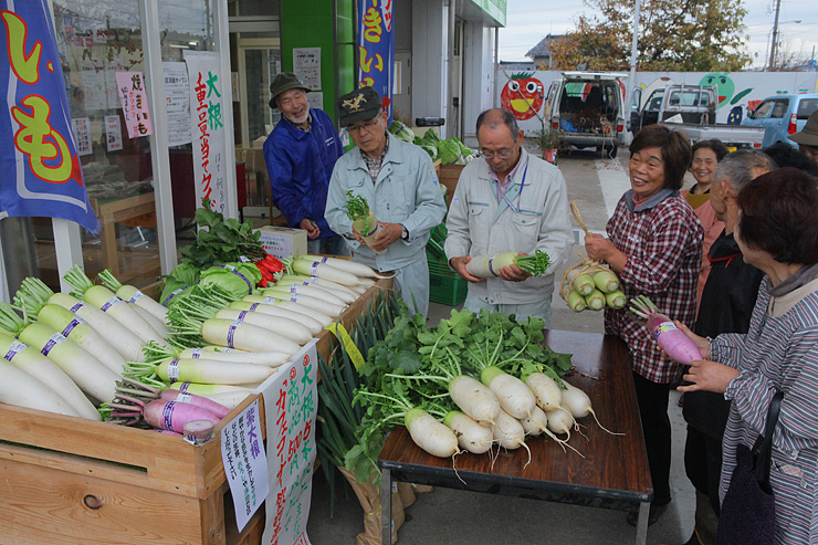 北蟹谷地区の農産物をアピールしようと開かれた大根祭り