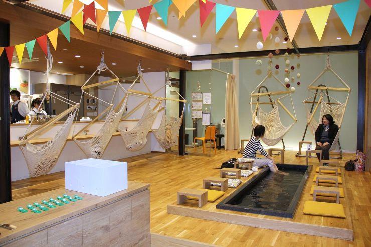 オープンから1周年を迎えたタニタカフェ=長岡市大手通2
