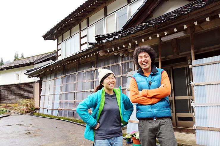 千葉県から元民宿の空き家に移住した多賀野さん夫妻