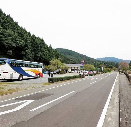 工事完了後の復原町並南口付近=9月30日、福井市城戸ノ内町
