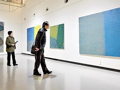 佐川晃司さんが福井県で初個展 金津創作の森、3月6日まで