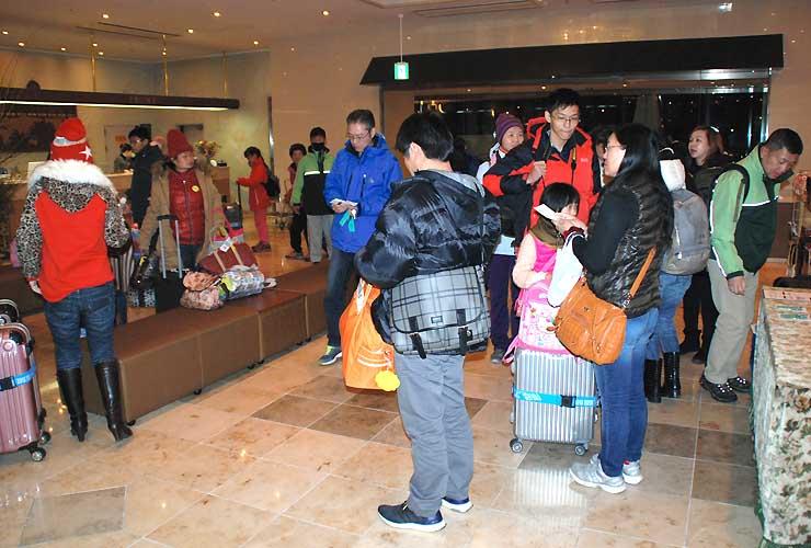 諏訪市内のホテルに宿泊する台湾のツアー客