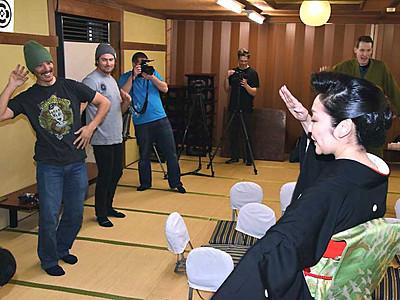 戸倉上山田温泉で芸者文化楽しんで 米国から取材招きアピール