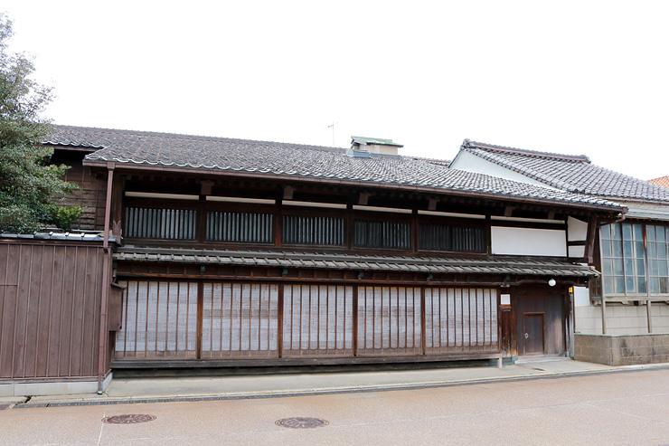 岩瀬地区で最大規模を誇る旧馬場家住宅=富山市東岩瀬町
