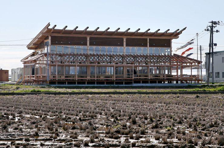高儀農場の農家レストラン「ラ・トラットリア・エストルト」=14日、新潟市北区新崎