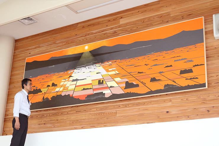 表具の技を駆使して、散居村の風景を描いた巨大パネル作品