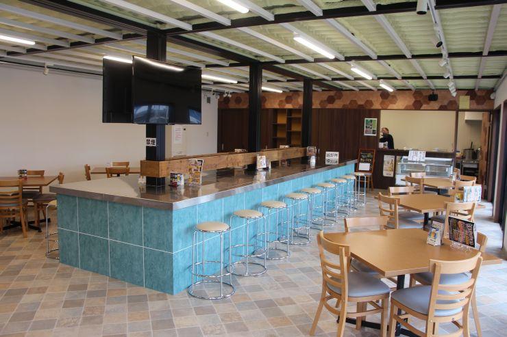 ピアBandai内にオープンした交流施設「ピアTerrace」=新潟市中央区万代島