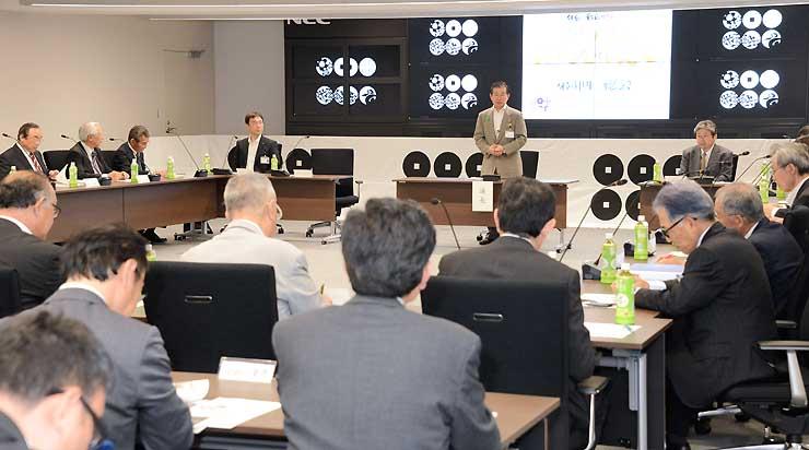 真田大博覧会の2016年度事業計画を決めた実行委員会=長野市役所