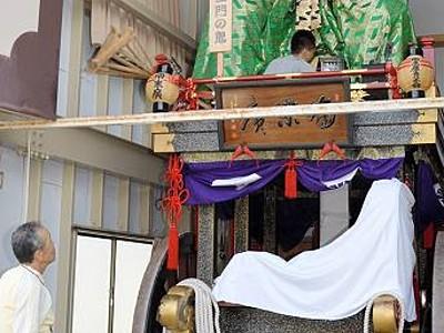 三国祭勇壮山車、一足早く展示 20日に市街地巡行