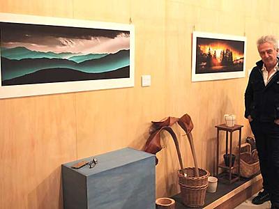 外国人が撮る日本の自然 軽井沢の豪出身写真家、御代田で作品展