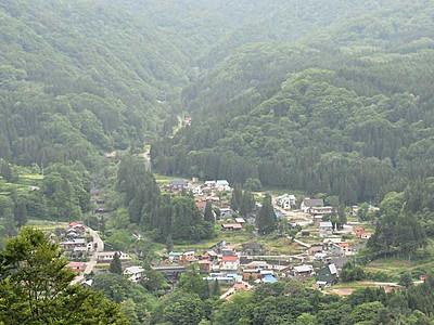 栄村、秋山郷観光てこ入れ 登山口への周遊バス検討