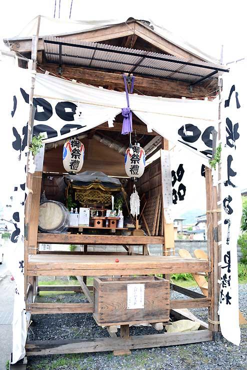 松代祇園祭を待つ天王さんのお仮屋