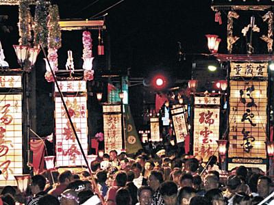 キリコ乱舞、若者も魅了 輪島大祭2日目にぎやか、初の学生モニターツアー