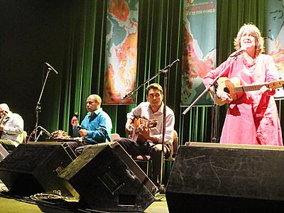 ベネズエラの国民的歌手らが聴衆魅了 福野「スキヤキ」最終日