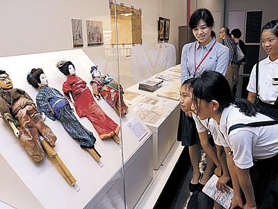 浄瑠璃人形に関心 歴史博物館で初公開