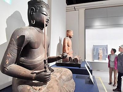 白山信仰物語る貴重古仏に魅了 郷土歴史博物館で特別展