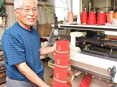 巻き返しへ、六文銭ニット 上田の業者製造、観光客らに人気