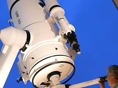 臼田の星空眺め20年 佐久の「スタードーム」8万人超来館