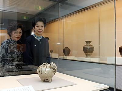 クメール陶器「敢木丁コレクション」特別展 寄贈受け佐藤記念美術館