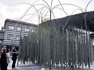 湯の街に花回廊 加賀市山中温泉で開幕