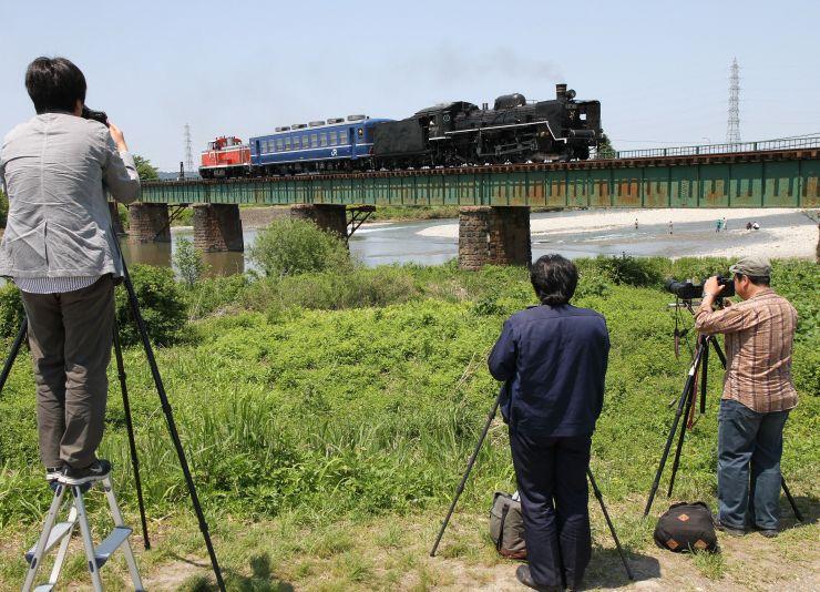 磐越西線鉄道施設群の早出川橋梁。SLの撮影スポットにもなっている
