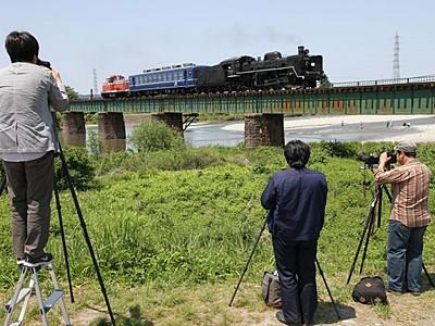 鉄路支え続け土木遺産に 磐越西線鉄道施設群など