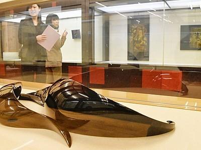 漆芸、5カ国精鋭が出品 鯖江で国際展 伝統融合も