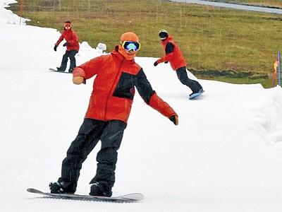 今庄365スキー場、26日営業開始 北陸・関西圏で最速