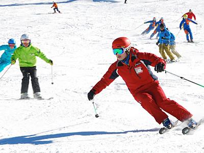 志賀高原で統一初滑り・スキー場開き祭