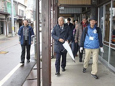 23日からトキ鉄「雁木通り散策ツアー」 住民らがガイド